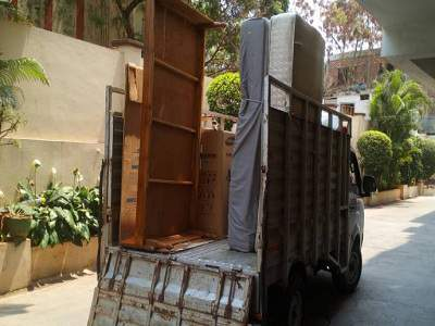 Apple packers and movers img 2